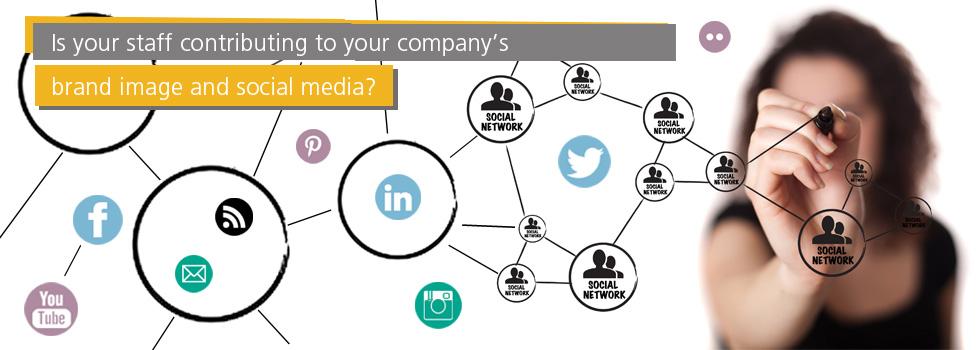 3_Slide_Social_Media1